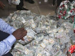 +2349017340239 I WANT TO BE RICH THIS CHRISTMAS.
