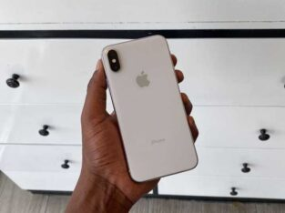 Neat Used Iphone XS Max 64GB for Sale