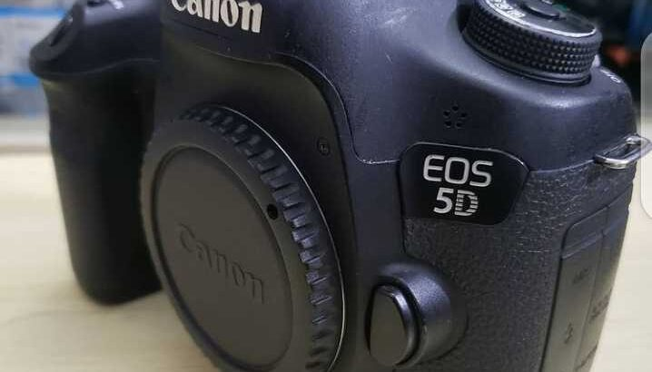 Used Canon EOS 5D Mark iii For Sale