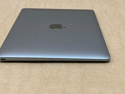 Early  2015 MacBook 12 Inch 1.3GHz Core M Space G